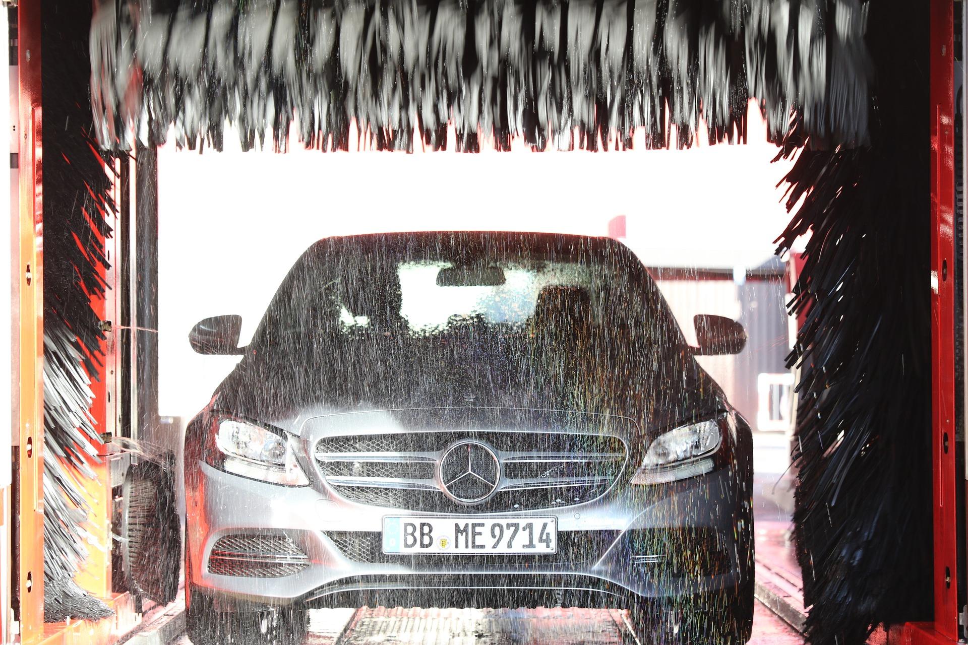 car-wash-1408492_1920